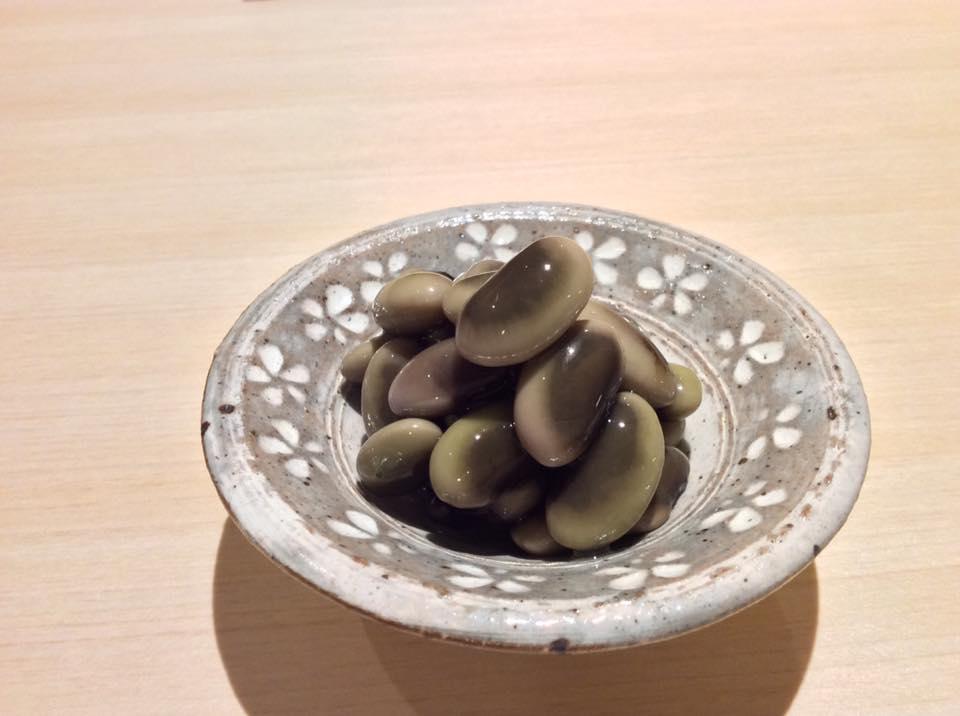 鞍掛豆の浸し豆