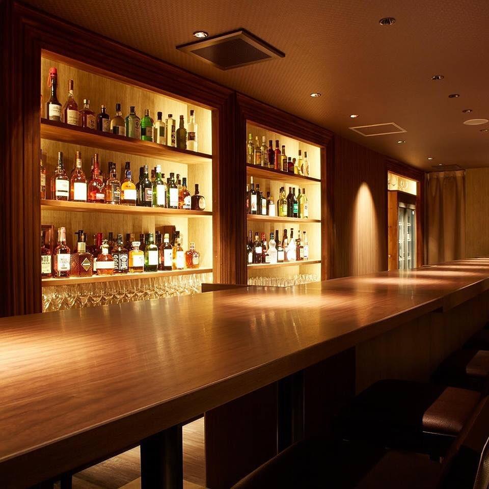 四階の Liqueur & Cigar Bar 不二楼