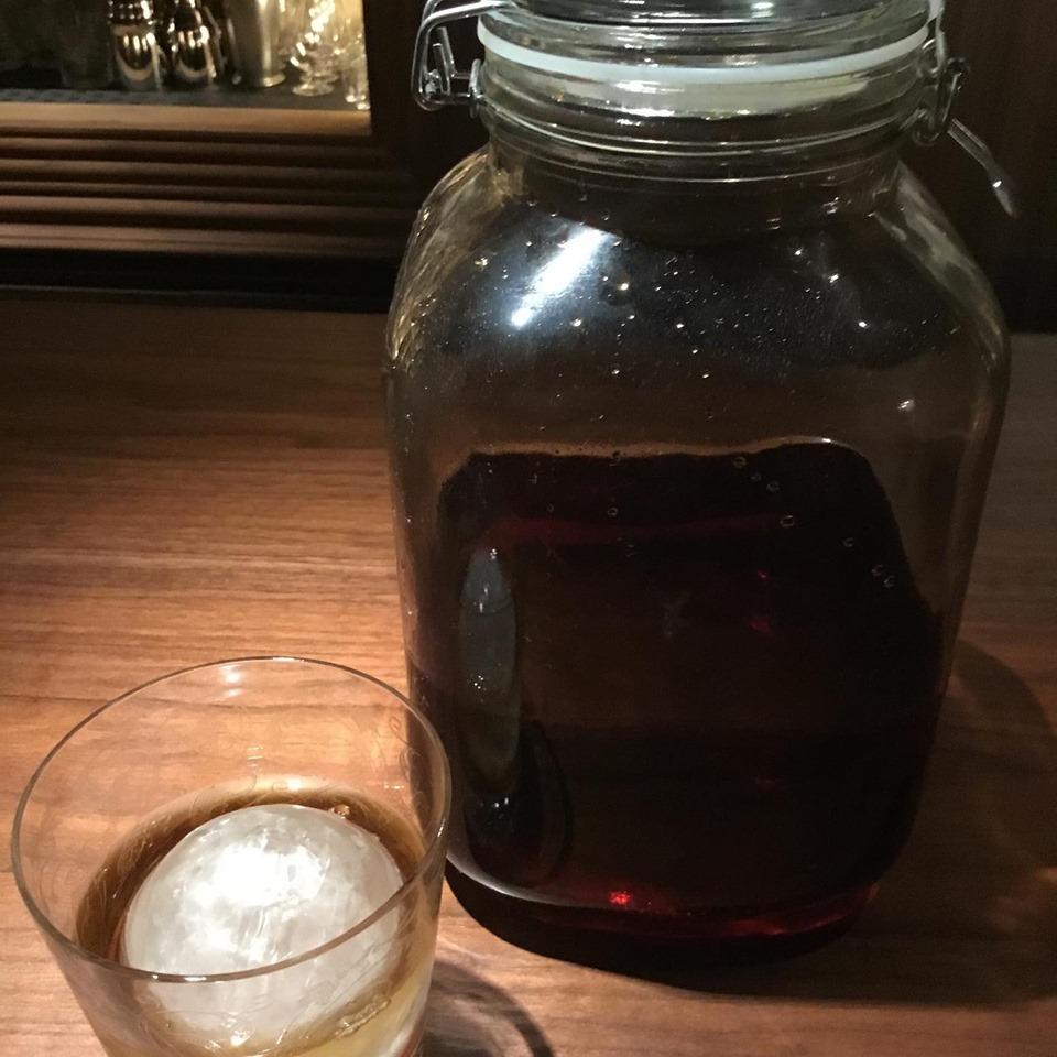 不二楼 紅茶にウィスキーを漬け込んだオリジナルのお酒