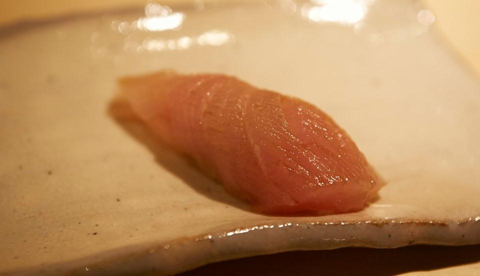 不二楼 幻と言われる究極の魚「赤華(アカバナ)」が入荷します。